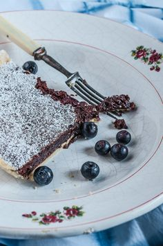 blueberry brownie pie