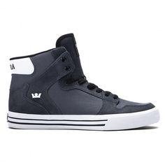 SUPRA Vaider charcoal white white chaussures montantes 89,00 € #skate #skateboard #skateboarding #streetshop #skateshop @playskateshop