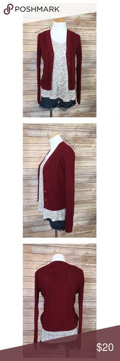 """F21 knit sweater PRELOVED in good condition. normal wear, nothing noticeable.   details ・small ・21.5"""" length ・20"""" bust  ・25"""" sleeves   materials ・60% cotton ・40% acrylic  💰 use offer feature to negotiate price 🚫 i do not trade or take any transactions off poshmark  please don't hesitate to ask questions. happy POSHing 😊  lighting- color of actual item may vary slightly from photos. human hand measurements- give or take a few cm Forever 21 Sweaters"""