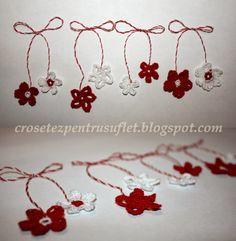 Mărţişoare croşetate Seasonal Celebration, Crochet Flowers, Knit Crochet, Seasons, Knitting, Spring, Handmade, Crafts, Baba Marta
