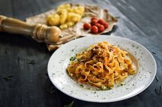 Tagliatelle Bolognese  #tagliatelle #paste #bolognese #meat #sauce #awesome #italy #loveit #yummy #recipe #martinahohenlohe #sogoiod #lidlösterreich #rotd