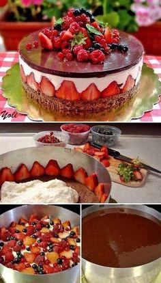 Pastel de Chocolate con Frutas ⭐⭐