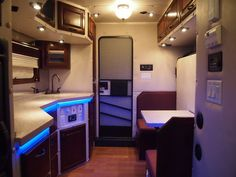 1000 Images About Semi Truck Interiors On Pinterest Custom Big Rigs Peterbilt And Semi Trucks