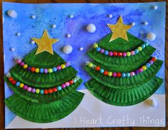 Christmas Tree Art - paper plates, pipe cleaner strung with beads, pom poms and glitter star