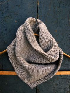 Free Knitting Pattern - Cowls and Neck Warmers: Bandana Cowl