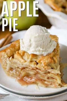 This classic apple pie recipe combines the sweet and tender flavors of baked apples with a buttery and flaky pie crust. It's best served with ice cream! Classic Apple Pie Recipe, Apple Pie Recipe Easy, Easy Pie Recipes, Homemade Apple Pies, Apple Pie Recipes, Dessert Recipes, Cooking Recipes, Apple Desserts, Cooking Ideas