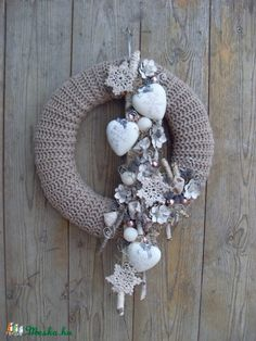 Hobbies Unlimited Portland Or Info: 9940148249 Winter Christmas, Christmas Time, Christmas Wreaths, Christmas Ornaments, Christmas Centerpieces, Christmas Decorations, Mery Crismas, Hobbies And Crafts, Diy And Crafts