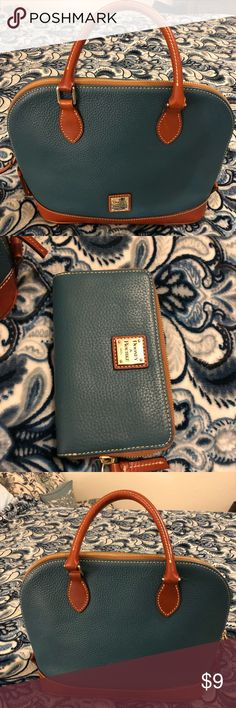 official photos c7812 c108b Shop Women s Dooney   Bourke size Various Satchels at a discounted price at  Poshmark.