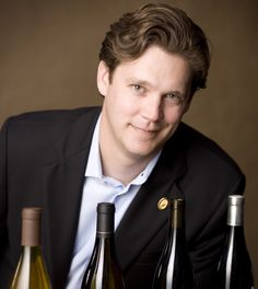 sommeliers site with study guides, maps and videos
