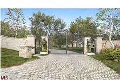 Exclusive Photos: Tom and Gisele's Palatial Estate | Zillow Blog