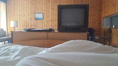 GROSSE KÖPFE: Zurück in die Zukunft I. Ihre Sicht: Urlaub in einem Familienhotel.