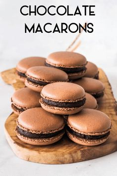 These are some rich chocolate macarons, with a dark and indulgent filling. Enjoy this detailed recipe to make your favorite gluten-free cookies! Chocolate Macaroons, French Macaroons, Chocolate Cookies, Chocolate Macaron Recipe, Chocolate Recipes, Vanilla Macarons, Chocolate Chocolate, Chocolate Cheesecake, Chocolate Frosting