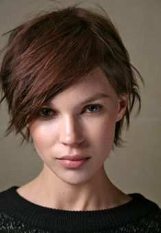 .short choppy hair