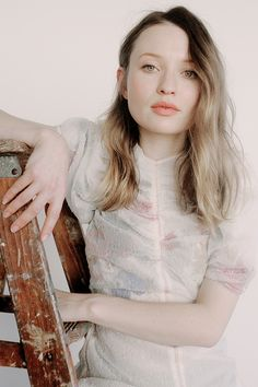 Welcome to Emily Browning Fans! This is a fansite dedicated to the Australian Actress, most. Emily Browning, Soft Gamine, Ginger Snaps, Pretty Woman, Redheads, Casual Outfits, Victoria, Hollywood, Actresses