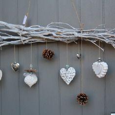 Coeur en pl tre parfumer avec bois perles et ruban for Bricolage mobile en bois flotte