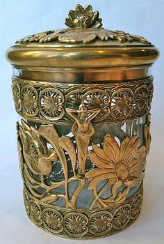 Art Nouveau - Necessary for Men - Box Cigars and Brandy Service - Gilt Bronze and crystal - France -