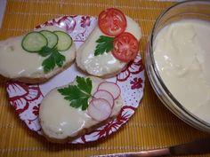 Reteta de branza topita de casa - YouTube Cooking Cheese, Romanian Food, Mozzarella, Panna Cotta, Vegetarian Recipes, Make It Yourself, Unt, Ethnic Recipes, Desserts