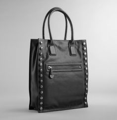 Bolt Around Tote. Kenneth Cole New York.