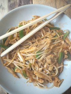 Fakeaway chicken chow mein