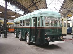 Brosell Trolleybus Reversible ✏✏✏✏✏✏✏✏✏✏✏✏✏✏✏✏ AUTRES VEHICULES - OTHER VEHICLES   ☞ https://fr.pinterest.com/barbierjeanf/pin-index-voitures-v%C3%A9hicules/ ══════════════════════  BIJOUX  ☞ https://www.facebook.com/media/set/?set=a.1351591571533839&type=1&l=bb0129771f ✏✏✏✏✏✏✏✏✏✏✏✏✏✏✏✏