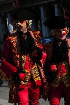 https://flic.kr/p/mbcXGz | Venice Carnival 2014 - Carnevale di Venezia 2014 | Due splendidi pomeriggi, Giovedì e Venerdì grasso, nella cornice dei Canali di Venezia in compagnia delle sue meravigliose maschere.
