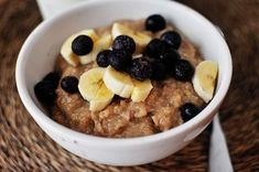 The combination of pure maple syrup and brown sugar in this overnight maple & brown sugar steel-cut oat oatmeal makes for a delicious and healthy breakfast.