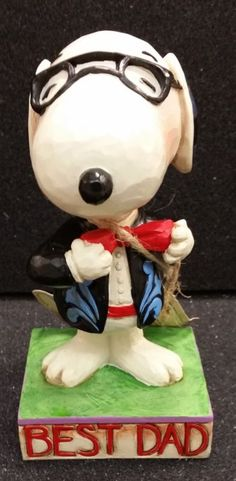 "Jim Shore Peanuts ""Best Dad"" Snoopy from Charlie Brown  - http://collectiblefigurines.net/jim-shore/peanuts/jim-shore-peanuts-best-dad-snoopy-from-charlie-brown/"