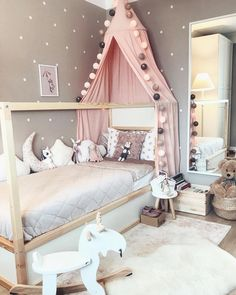 Find out about getting the right timing to switch from toddler crib and more DIY toddler bed ideas which suits your needs. Bedroom For Girls Kids, Big Girl Rooms, Girl Toddler Bedroom, Room Kids, Baby Girls, Baby Bedroom, Bedroom Decor, Diy Toddler Bed, Toddler Girl