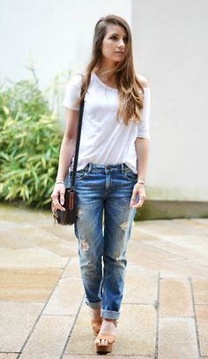 Over sized tee- tick, bf jenas- tick, wedges- tick