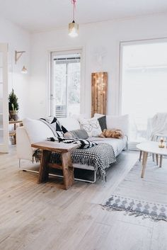 White living room home decor ideas
