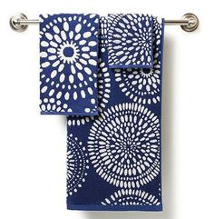 Our 10 Favorite Patterned Bath Towels