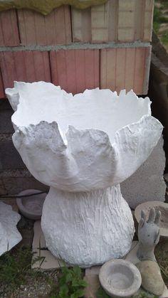 Kvetináč z ľahčeného betónu art
