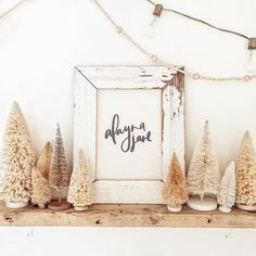 Caroline Bivens (@c.b._designs) • Instagram photos and videos Cookie Decorating, Holiday Decorating, Farmhouse Chic, Cottage Style, Holiday Crafts, Rustic Decor, Fall Decor, Sweet Home, Shabby Chic