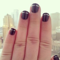 Easy #gelnails ! Just use dark polish and silver striping tape. #shellac