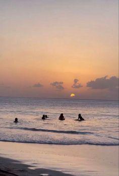 Beach Aesthetic, Summer Aesthetic, Travel Aesthetic, Flower Aesthetic, Summer Feeling, Summer Vibes, Fotojournalismus, Shotting Photo, Summer Goals