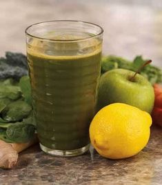 This juice is a perfect combination of kale, lemon, spinach, and ginger! Try it today, or save it for later. Pork Carnitas Tacos, Slow Cooked Pork, Sheet Pan Suppers, Juice Drinks, Slow Food, Food Trends, Fresh Ginger, Cooker Recipes, Yummy Food