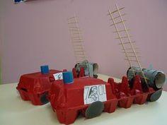 Camion de pompier et boîte d'oeufs