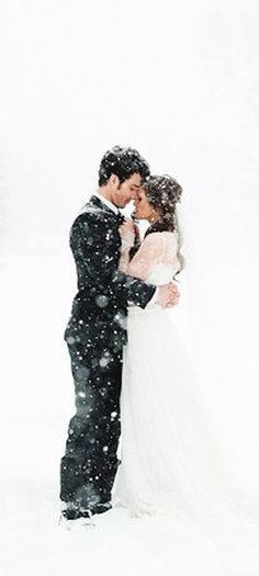 Winter Wedding Winter Wonderland Wedding, Winter Wedding Venue, Wedding Shoot, Wedding Looks, Winter Wedding Snow, Wedding Pics, Wedding Bells, Wedding Images, Winter Mountain Wedding
