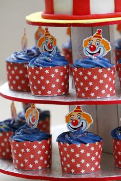 Clown cupcakes at a Circus Party!    See more party ideas at CatchMyParty.com!  #partyideas #circus