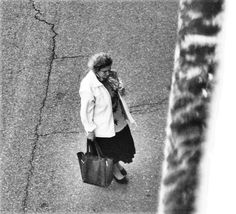 https://flic.kr/p/HywL5f   Giulia Bergonzoni photography #black #white #street #photography #woman #top #bag #creative #interesting #awesome #vintage #photography #photographers #giulia #bergonzoni