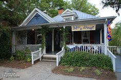 Mo's Diner.  Raleigh, NC. love this place...best food in Raleigh and Holly is the #1 human of all time!