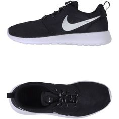 Nike Low-Tops & Trainers ($92) ❤ liked on Polyvore featuring shoes, sneakers, nike, tenis, black, round cap, flat shoes, low profile sneakers, black low top shoes and nike shoes