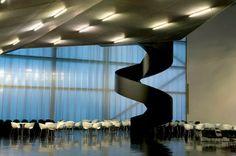 Em 2008 é construído o Centro Cultural, um arrojado edifício assinado pelo arq. Ilídio Ramos. Dispõe de uma sala de espetáculos, foyer e uma praça pública de uso pedonal.