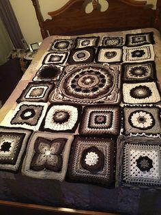 pin von daniela shakeela auf blanket and pillows crochet h keln decken polster pinterest. Black Bedroom Furniture Sets. Home Design Ideas