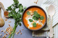 Como faz: Sopa de Tomate Express