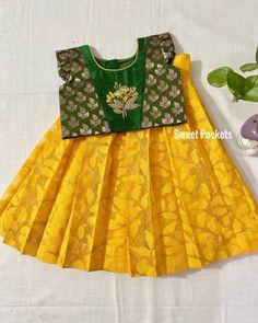 Girls Frock Design, Kids Frocks Design, Baby Frocks Designs, Kids Dress Wear, Kids Gown, Kids Wear, Cotton Frocks For Kids, Frocks For Girls, Girls Dresses Sewing
