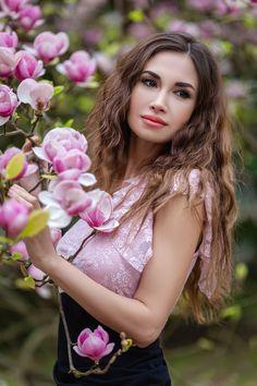 Фотосессия с магнолиями, фотосессия весной идеи, портрет, девушка в ботаническом саду, магнолия Magnolia, Crown, Poses, Sexy, Flowers, Photography, Girls, Fashion, Photo Shoot