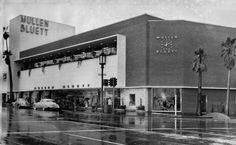 Mullen and Bluett, now demolished. Sad.  This postwar clothing store helped make the Miracle Mile a shopper's paradise.