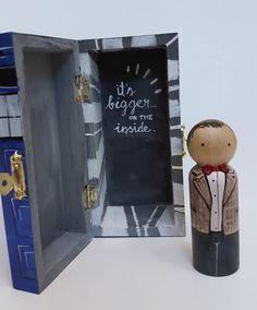 Dr. Who & Tardis Peg Doll Set