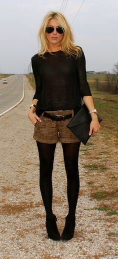 Winter shorts with tights. 50 Great Fall - Winter Outfits On The Street - Style Estate - wish i could pull this off Mode Outfits, Casual Outfits, Fashion Outfits, Womens Fashion, Fashion Trends, Fashion Ideas, Ladies Outfits, Latest Fashion, Black Outfits